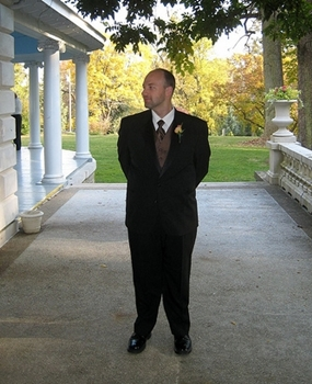 Saying I Do - Finding the Right Officiant for Your Wedding 3