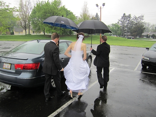 Isn't It Ironic - How to Deal With Rain on Your Wedding Day 5