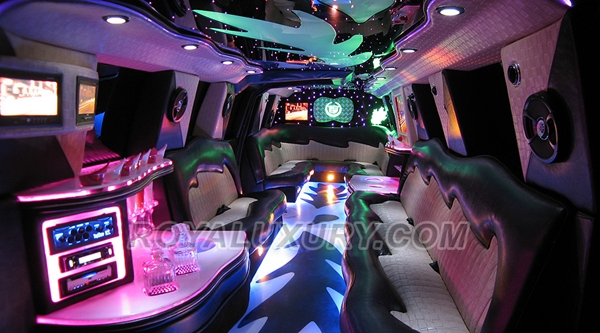 Wedding Planning - Choose a Limousine for the Wedding 2